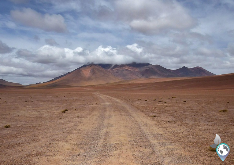 Der Rückweg durch das Nomansland, Atacama Wüste, Vulkan Lascar in Chile. www.schmetterlinga.de