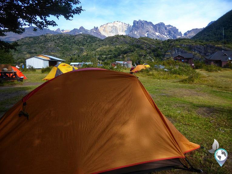 Auf der anderen Seite des Bergs - Camp Dickson