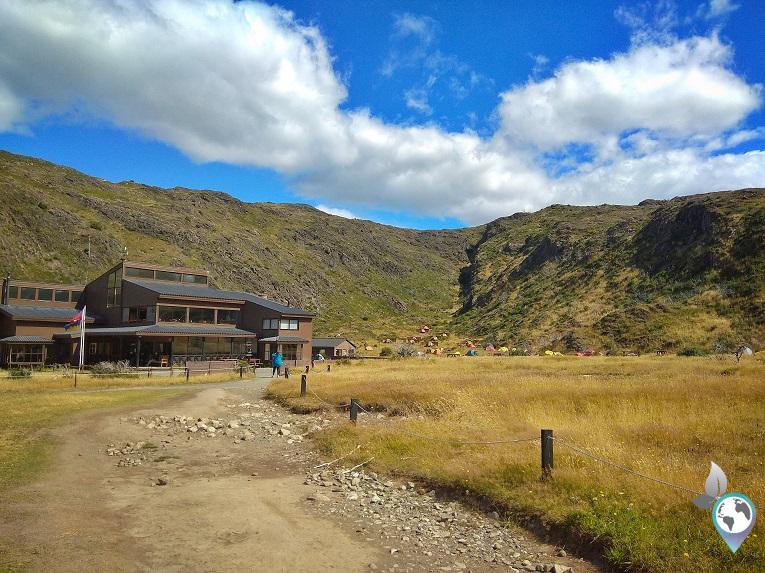 Refugio und Campingplatz Paine Grande