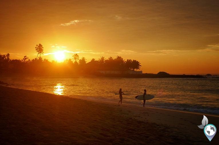 Sonnenaufgang am Midigama Beach