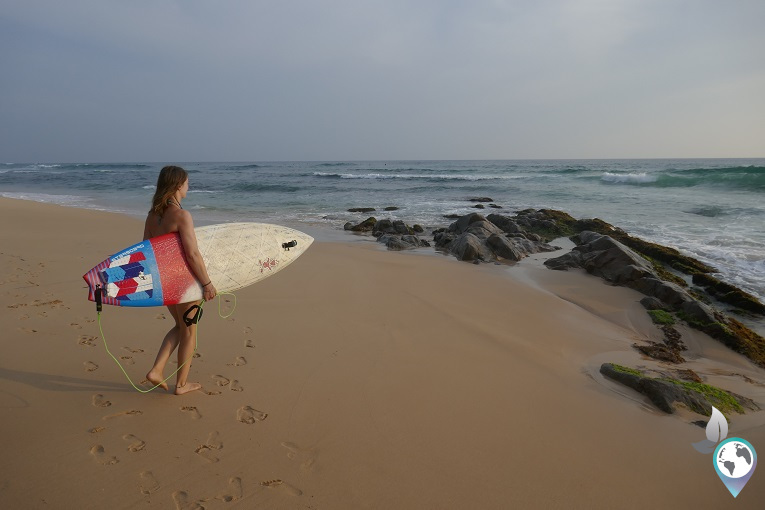 Midigama surfergirl in Sri Lanka